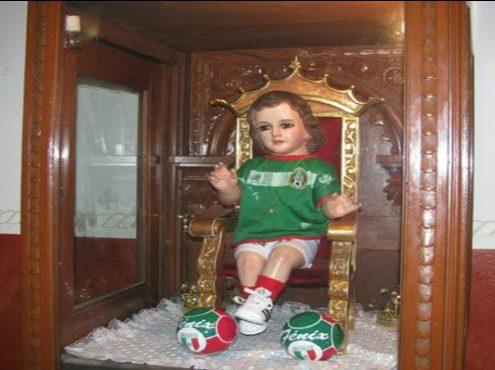 Atuendos Más Extraños Para Vestir Al Niño Dios Diario Basta