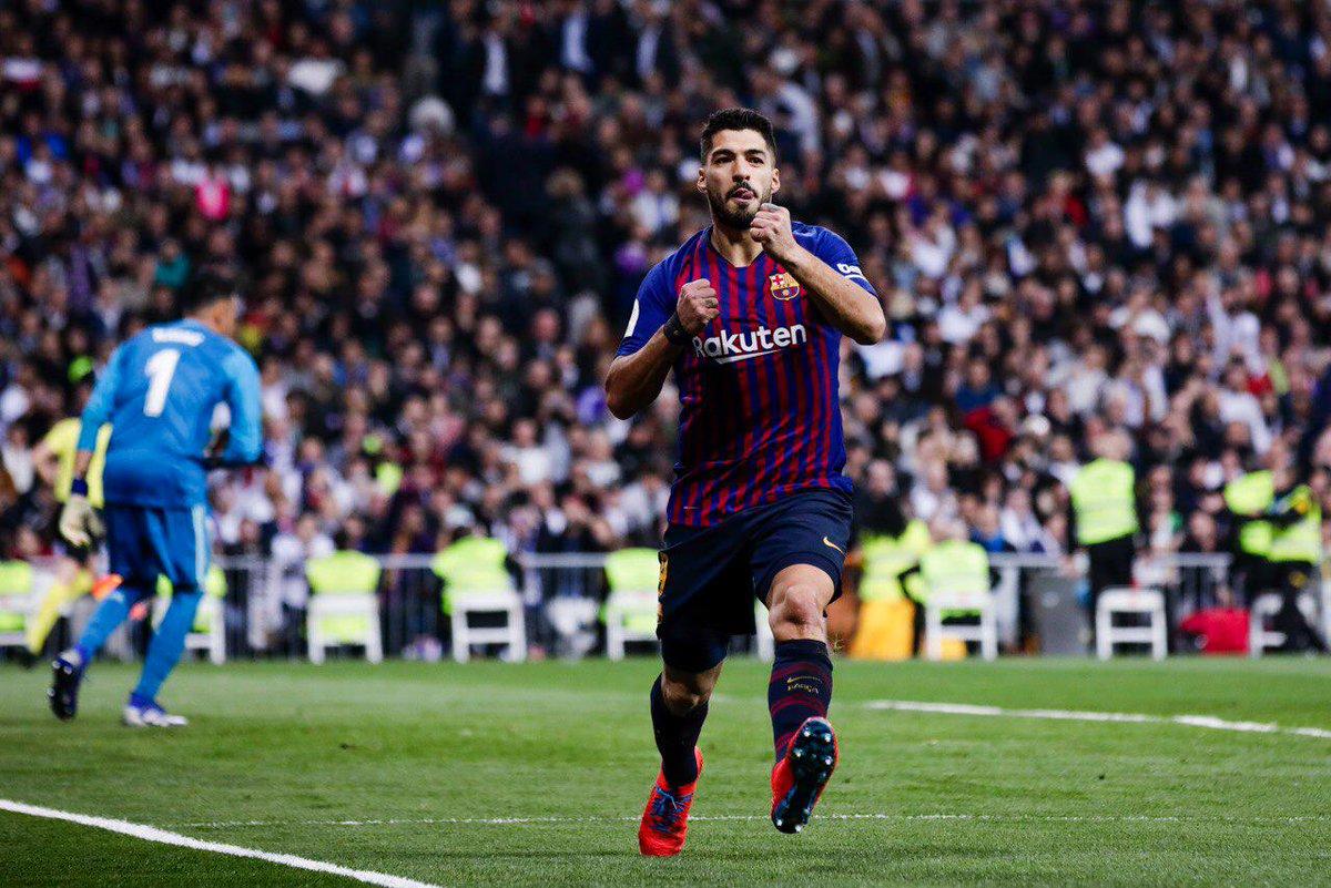 Barcelona venció por goleada 3-0 (global 4-1) al Real Madrid en el Estadio  Santiago Bernabéu y avanzó a la final de la Copa del Rey. 099e7d34f57e9