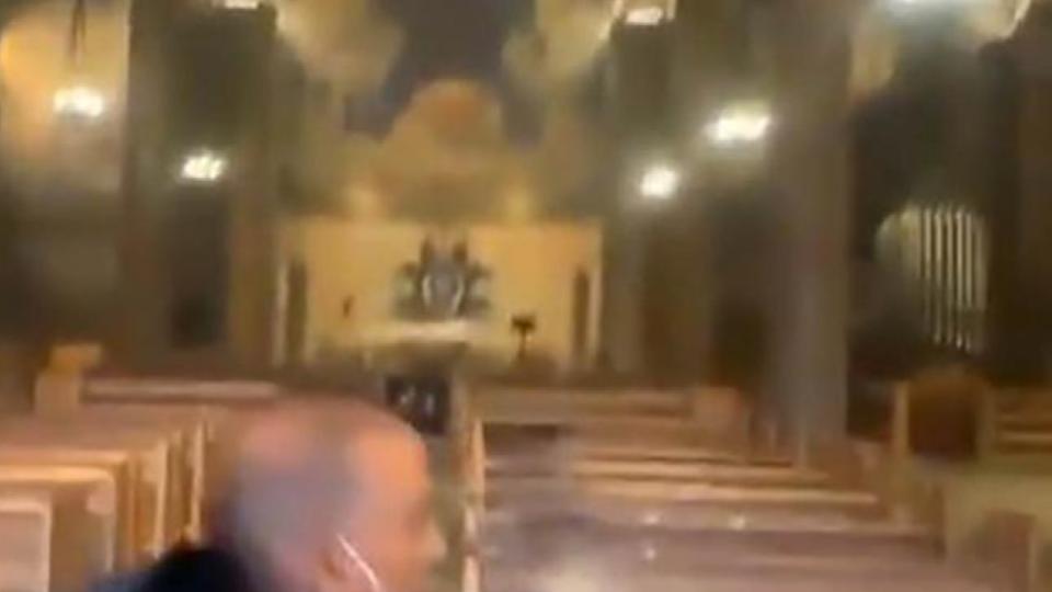 Detienen a hombre por prenderle fuego a una iglesia