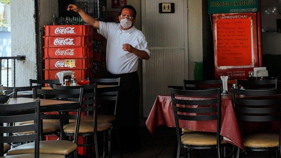 Condonan impuestos a restauranteros en CDMX