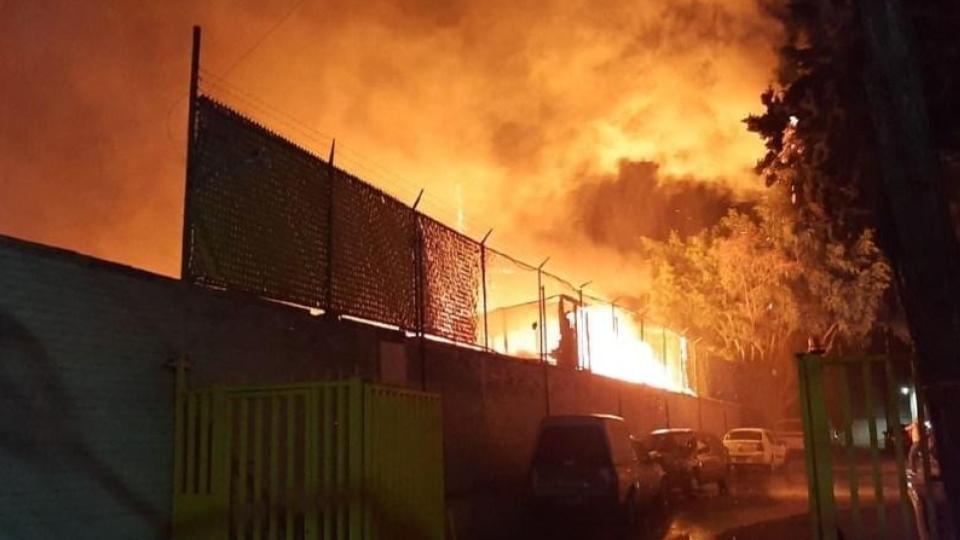 Se incendias casas de cartón en la Miguen Hidalgo