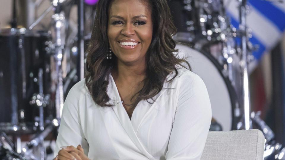 Michelle Obama llama a eliminar permanentemente, cuentas de Donald Trump