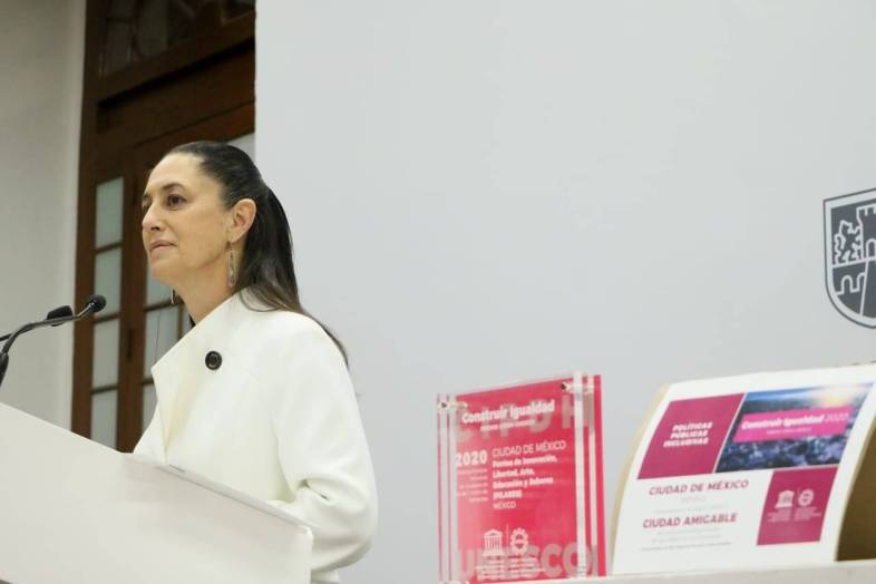 Entregan premio Pilares a CDMX