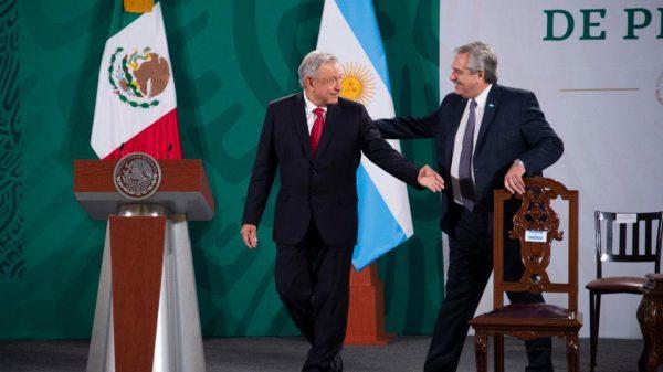 Alberto Fernándes y Andrés Manuel López Obrador