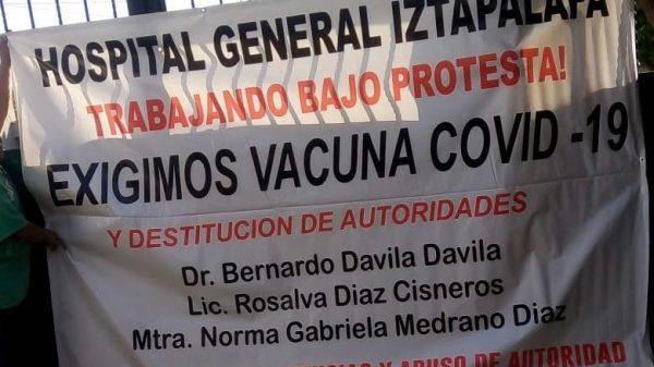 Protestan médicos y enfermeras en Iztapalapa ante falta de vacunas COVID-19