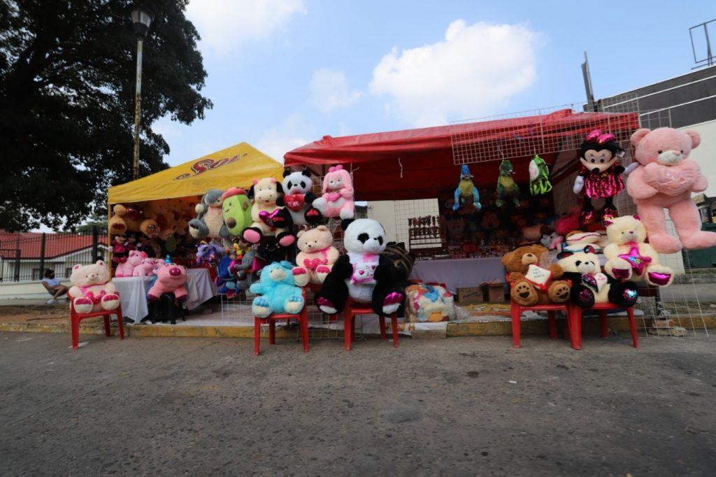 Cobra Ayuntamiento de Centro hasta mil 200 para vender en el velódromo