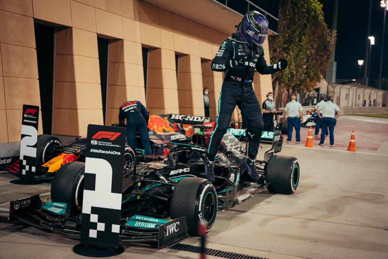 Checo 5to en el Gran Premio de Baréin