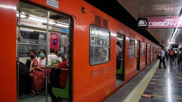 Vendedores invidentes mermados por pandemia y cierre del metro
