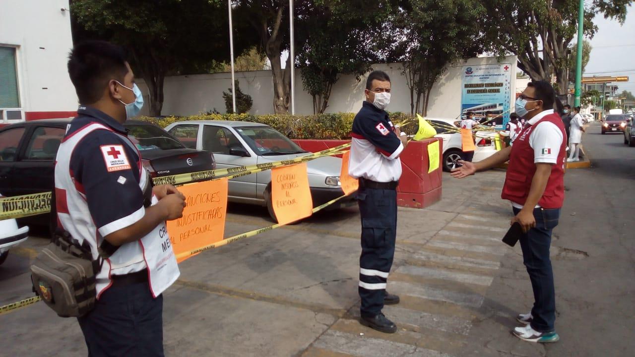 Protestan en Cruz Roja de Ecatepec por falta de apoyo