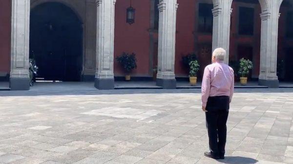 Regresó AMLO a Palacio Nacional, tras discreta gira