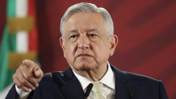 Revela encuesta que 7 de cada 10 mexicanos apoya a AMLO