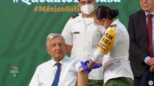 AMLO se vacuna contra Covid-19