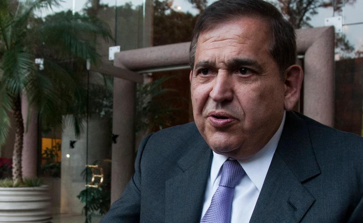 Alonso Ancira libra la cárcel tras acuerdo millonario