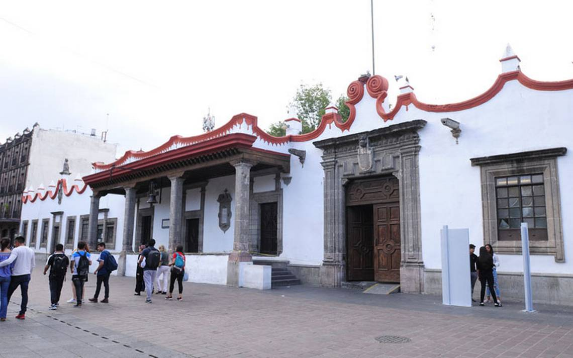 Desbandada de funcionarios en Coyoacán