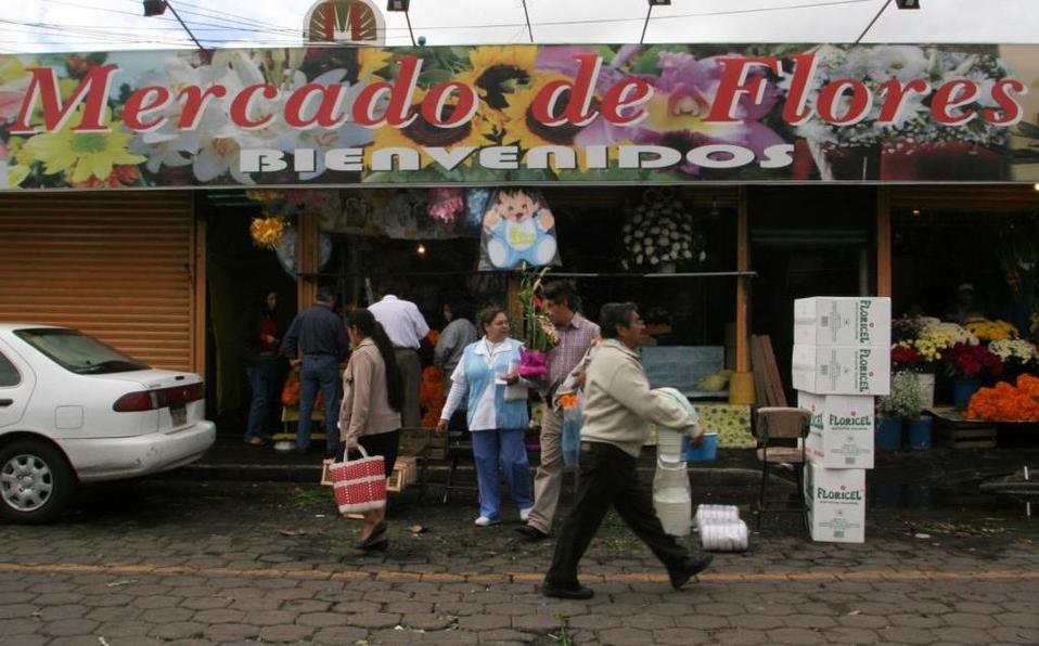 En Xochimilco condicionan agua por votos y extorsionan comerciantes