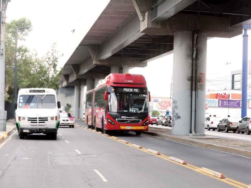 Aumentan a 31 unidades el servicio de Metrobús en Tláhuac