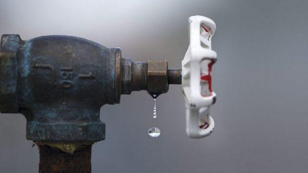 Reclamos por falta de agua en Álvaro Obregón