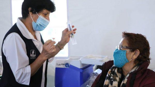 Se vacunará a 650 mil chilangos esta semana: Claudia Sheinbaum