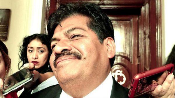 Francisco Chíguil huye a debate en la GAM