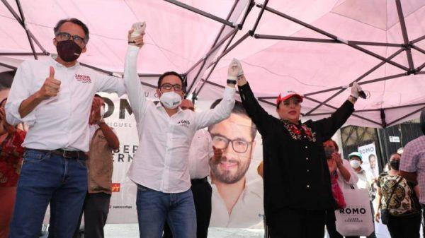 Candiadta de ELIGE en Miguel Hidalgo declina a favor de Víctor Hugo Romo