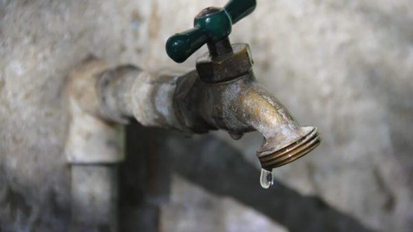 Exigen condonar pagos de agua, ante la escasez