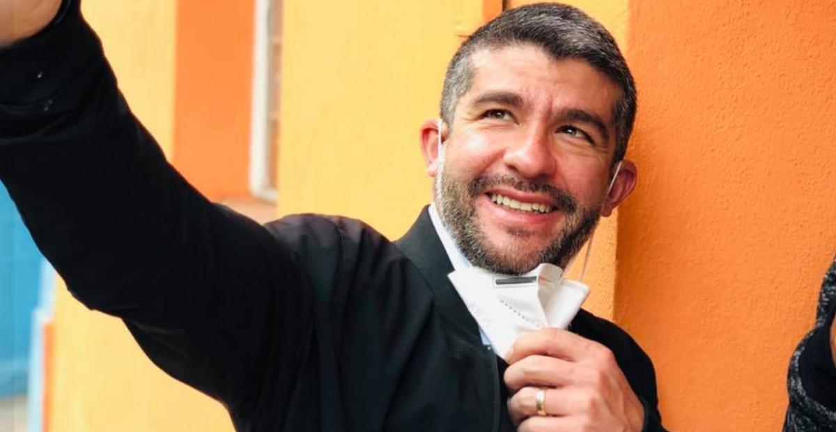 Mauricio Tabe pide moche a trabajadores