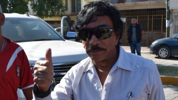 Víctor Flores, líder de los ferrocarrileros, se embolsa 900 mil pesos mensuales