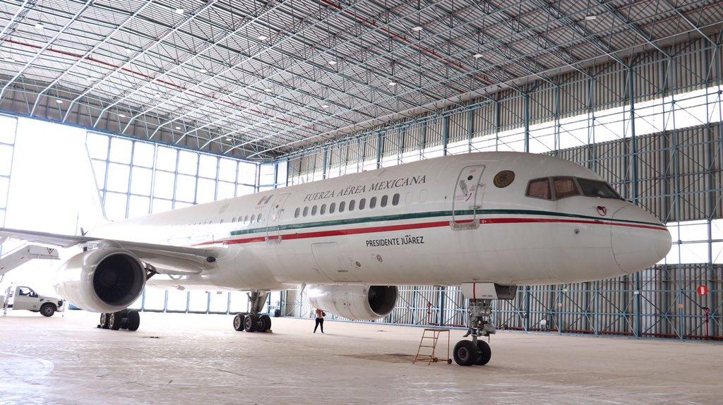 """Venden avión presidencial... pero la antigua aeronave """"Benito Juárez"""""""