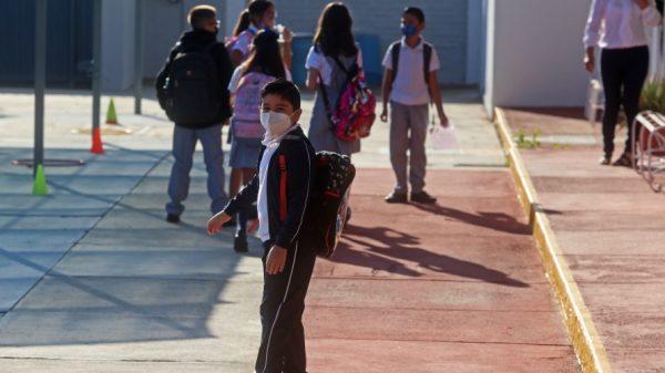 Reportan primer alumno con Covid tras regreso a clases presenciales