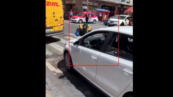 VIDEO: Sujeto intenta atropellar a un policía en la CDMX