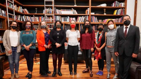 Define Claudia Sheinbaum agenda feminista de la CDMX