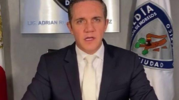 Oscuros negocios dejan a Adrián Rubalcava miles de pesos