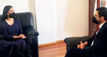 Se encuentra Martí Batres con ediles de oposición, electos