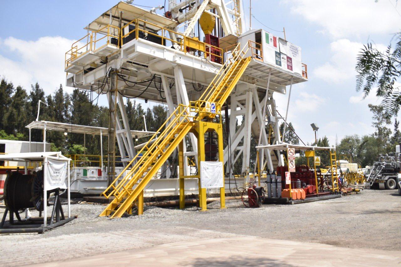 Pemex apoya en exploración de pozo a Sacmex, en Iztacalco