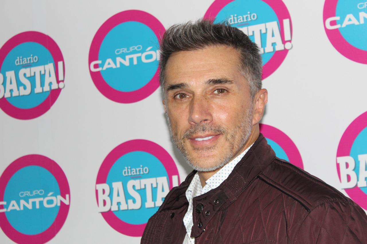 Sergio Mayer en Discusión en Basta!