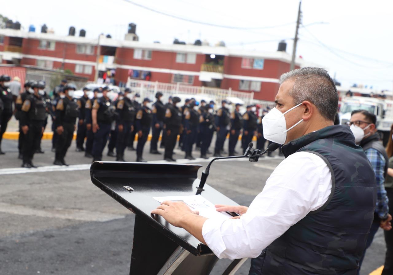 Entregan camiones a la Policía de Ecatepec para labores de auxilio a la población en situaciones de emergencia