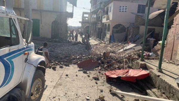 Terremoto de 7.2 sacude a Haití
