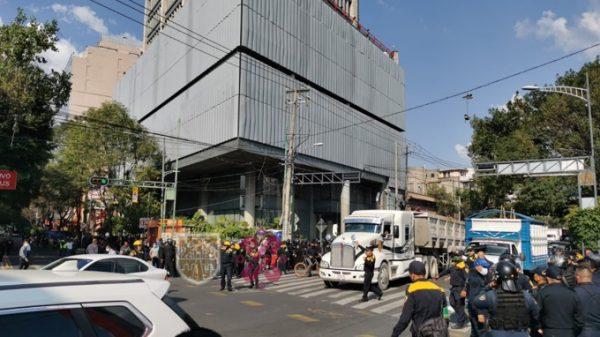 Gaseros liberan avenida Insurgentes tras protesta frente a SENER