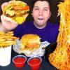 Youtuber pone en riesgo su salud para entretener a su audiencia